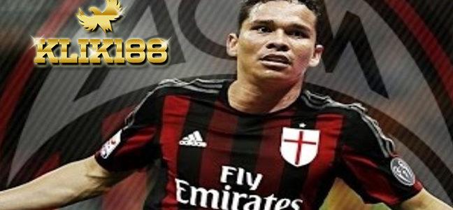 AC Milan Sepakat Pinjamkan Carlos Bacca Ke Villarreal